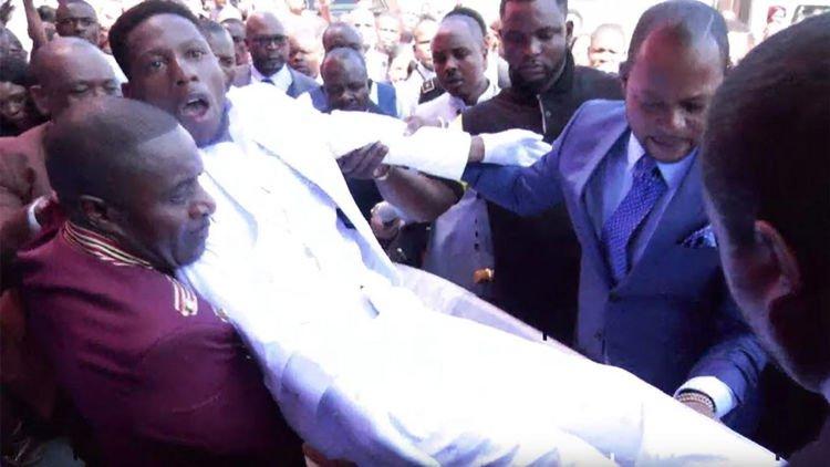 африканский пастор понедельник начинается с дичи отвратительные мужики disgusting men