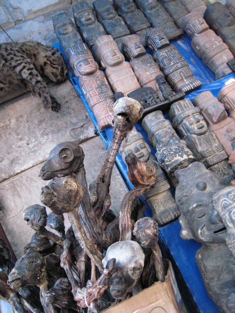 рынок ведьм в боливии ведьмовской рынок отвратительные мужики disgusting men