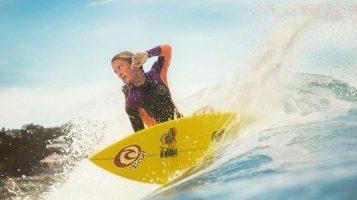 Богини на волнах: очаровательные серфингистки из Австралии