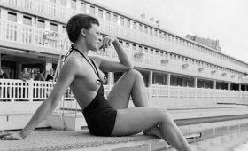 Первые купальники-монокини — символ сексуальной революции 60-х