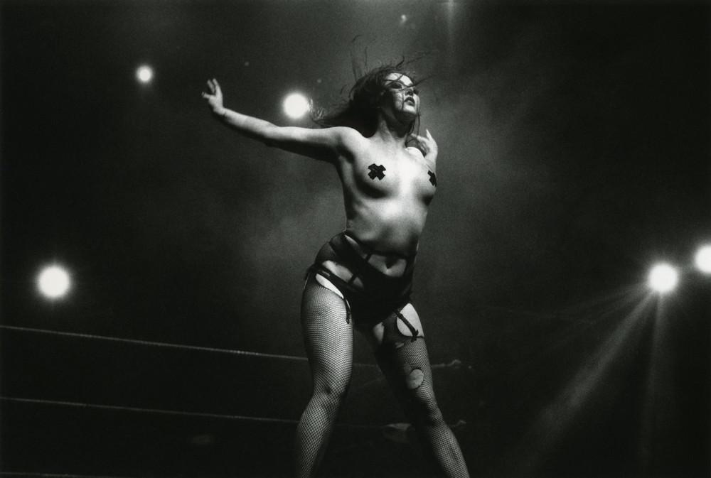 история наготы naked history отвратительные мужики disgusting men