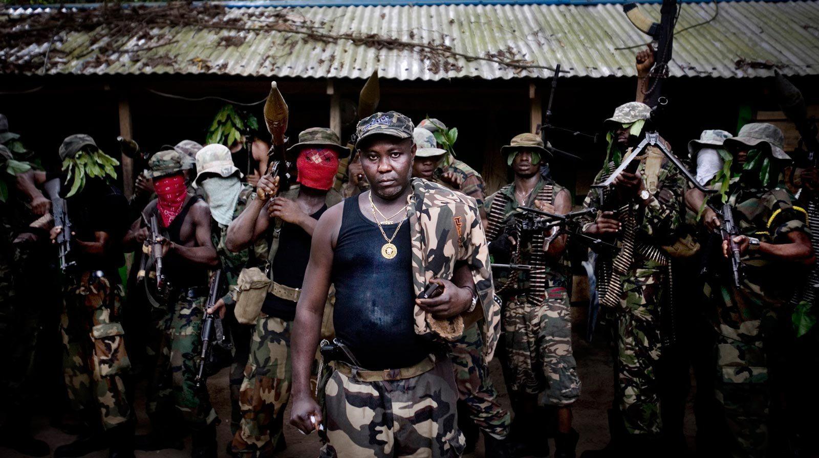 нигерийские культы студенческие братства отвратительные мужики disgustng men