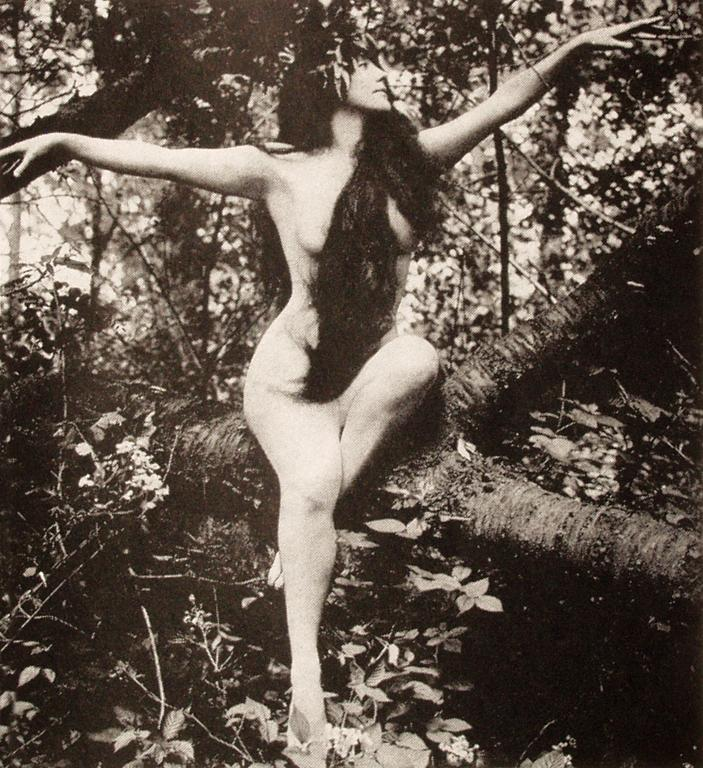 Сохранившийся кадр из утерянного фильма «Дочь Богов», 1916.
