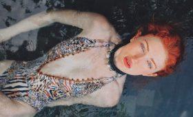 Анджелина Мишель —  робкая нимфа с огненными волосами