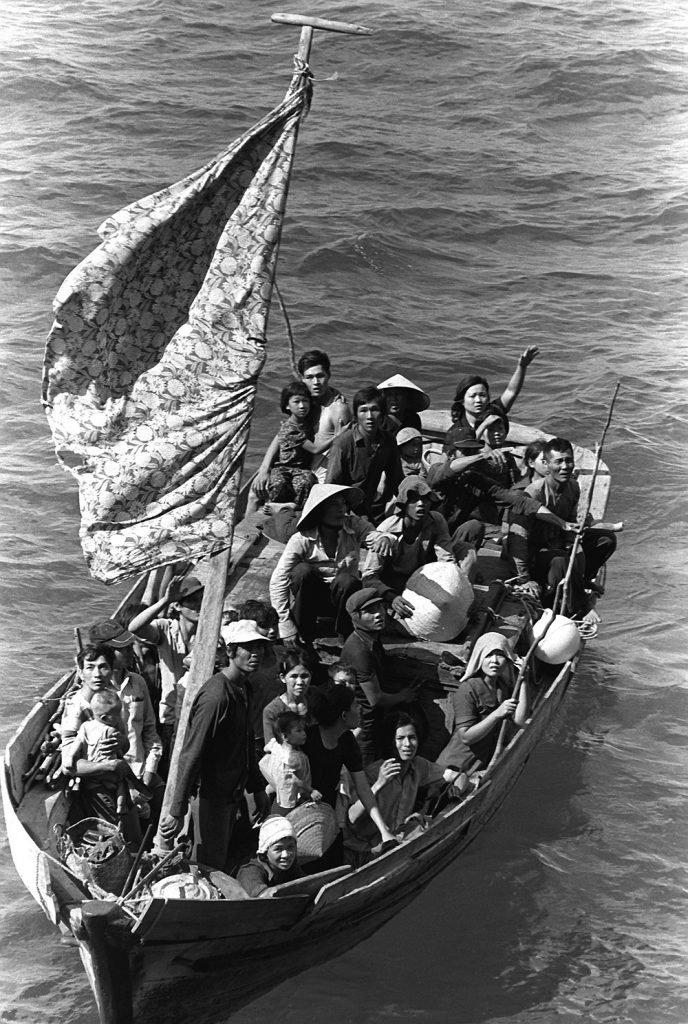 Шлюпки с вьетнамскими беженцами частенько вылавливали частные и военные суда