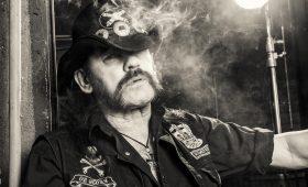 Изнурительные минеты, косплей Гитлера и другие дикие истории о Лемми из Motörhead