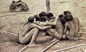 Членопожатие, дефлорация бумерангом и другие сексуальные обычаи прошлого