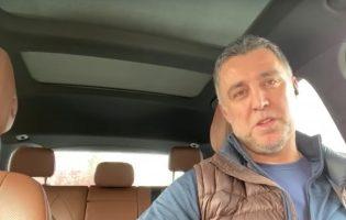 Лучший игрок в истории турецкого футбола работает таксистом в Вашингтоне. Как это возможно?