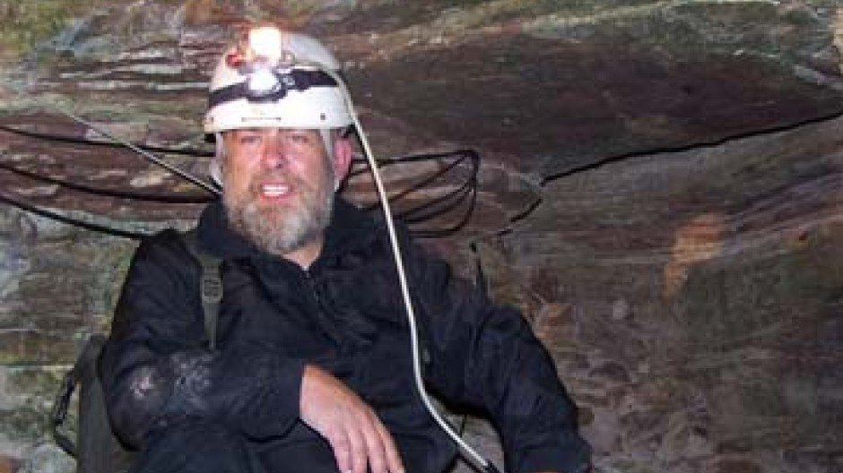 жизнь в изоляции эксперимент жизнь в пещере отвратительные мужики disgusting men