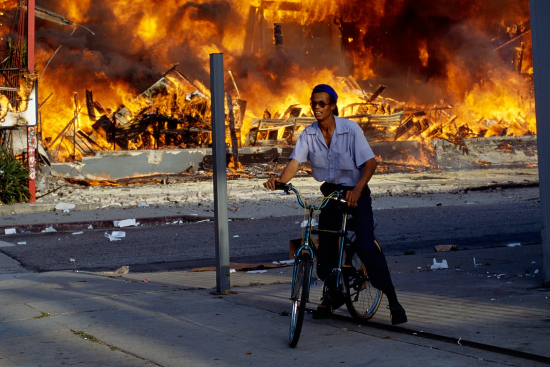 лос-анджелесский бунт в лос-анджелесе 1992 фото отвратительные мужики disgusting men