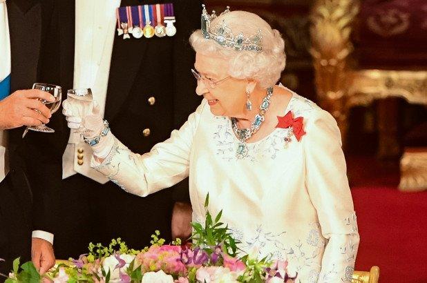 королевский джин елизавета отвратительные мужики