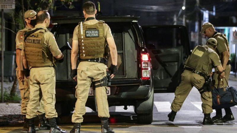 ограбление года ограбление в бразилии отвратительные мужики