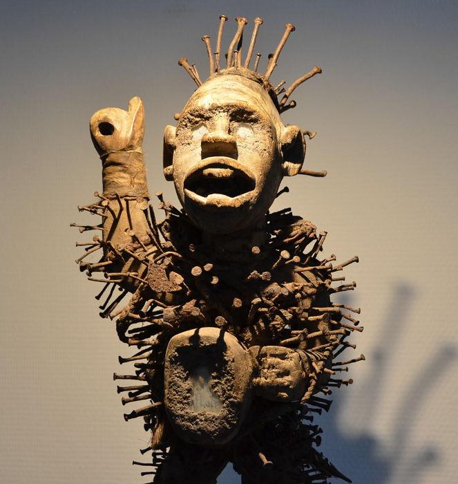 дух нкиси нконди африканский фетиш отвратительные мужики