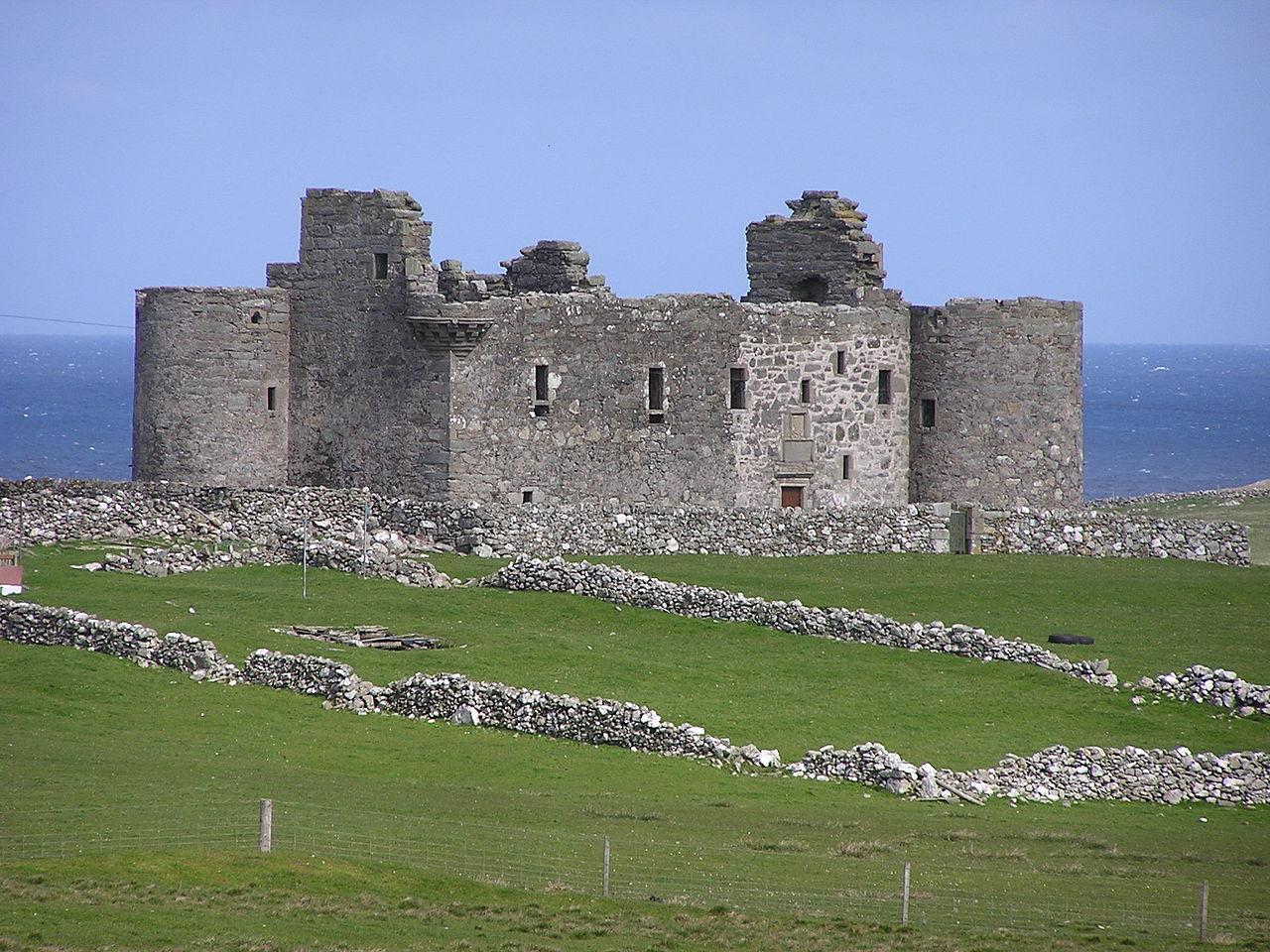 купить замок в шотландии остров анст