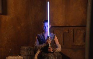 Видео дня: Disney выложила ролик с «настоящим» световым мечом из «Звёздных войн»