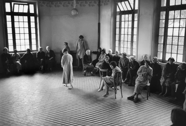 jean philippe charbonnier 14 - Фото: жизнь во французских психиатрических лечебницах 50-х годов