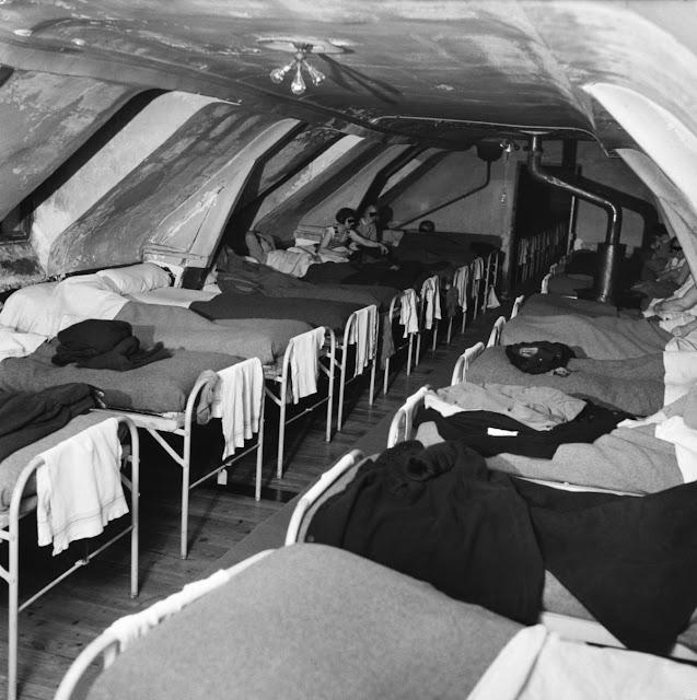 jean philippe charbonnier 21 - Фото: жизнь во французских психиатрических лечебницах 50-х годов