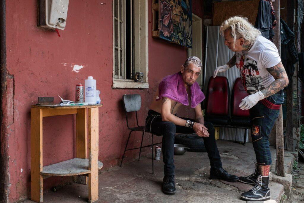 чилийские панки фото лусиано диаз