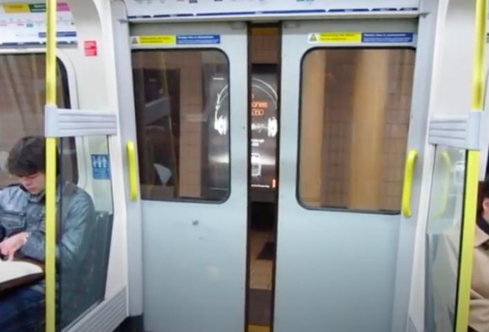 звуки метро двери метро