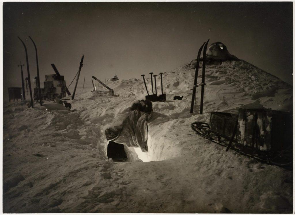 arctic expedition 29 1024x745 - Бравые «осси» во льдах: австралийская экспедиция в Антарктике 1911 года