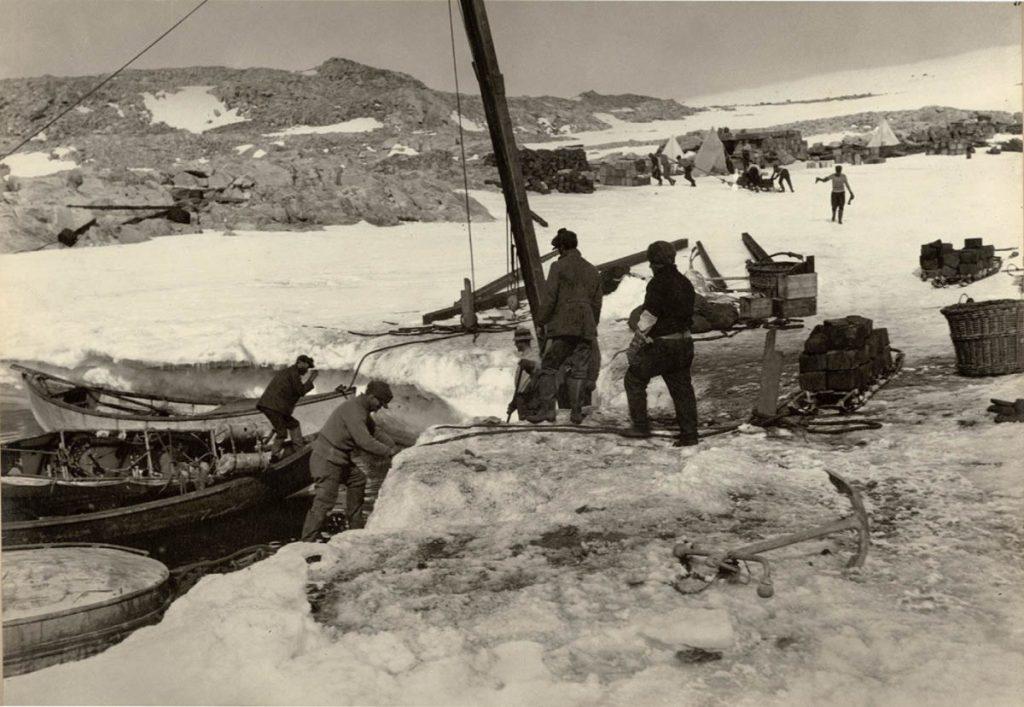 arctic expedition 30 1024x707 - Бравые «осси» во льдах: австралийская экспедиция в Антарктике 1911 года