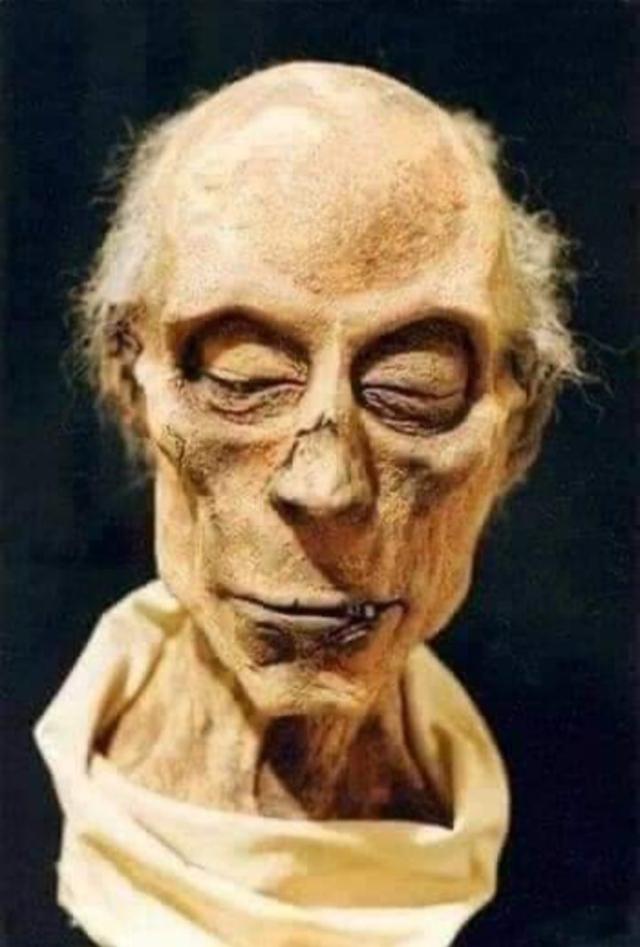ramses 2 - Нейросесть показала, как выглядел фараон Рамсес Великий при жизни