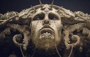 Эпичность в миниатюре: скульптуры Криса Кукси